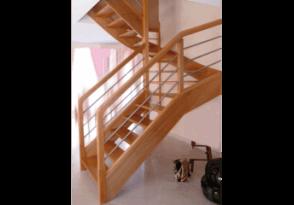 Escalier 2/4 tournant sans jour