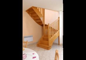 Escalier 1/2 tournant en bois exotique