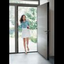 Porte d'entrée contemporaine sans vitrage