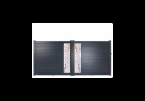 Portail alu plein avec vitrage décoratif