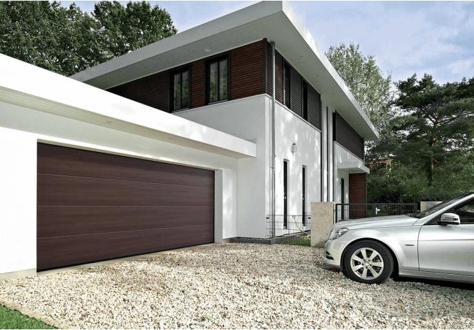 Porte de garage sectionnelle finition ton bois