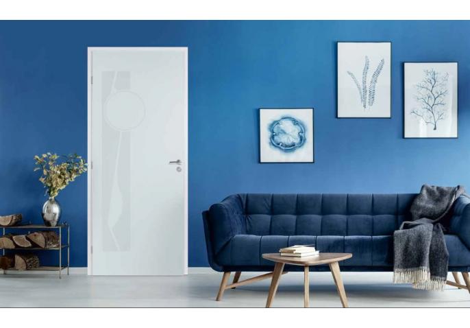 Porte intérieure avec décors en relief